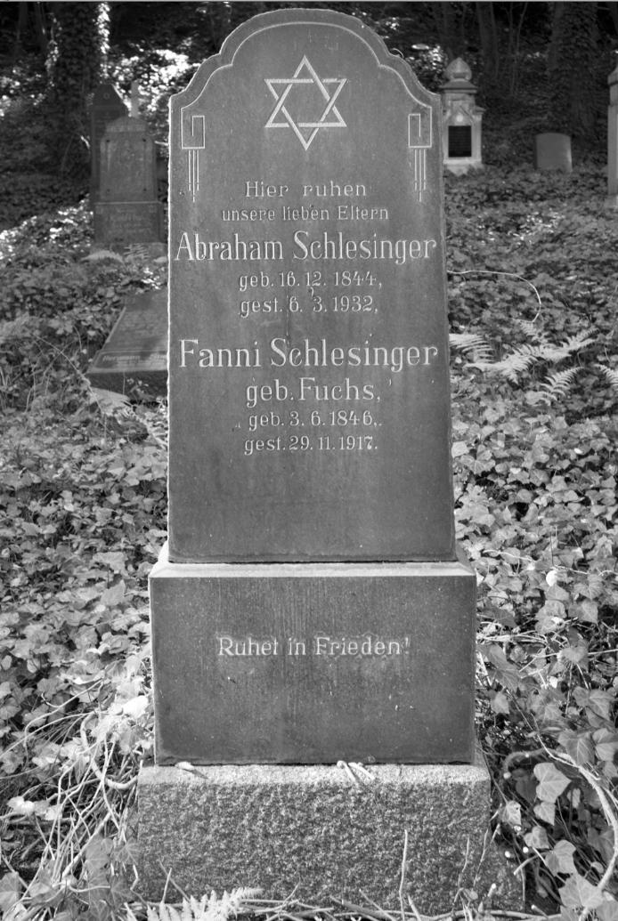 Fanni Schlesinger grave